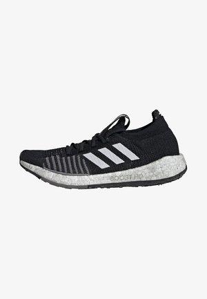 PULSEBOOST HD - Hardloopschoenen neutraal - black