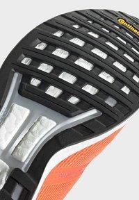 adidas Performance - ADIZERO BOSTON 8 SHOES - Neutral running shoes - orange - 9