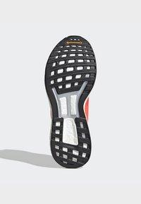 adidas Performance - ADIZERO BOSTON 8 SHOES - Neutral running shoes - orange - 5