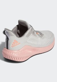 adidas Performance - ALPHABOUNCE+ SHOES - Joggesko - grey - 4