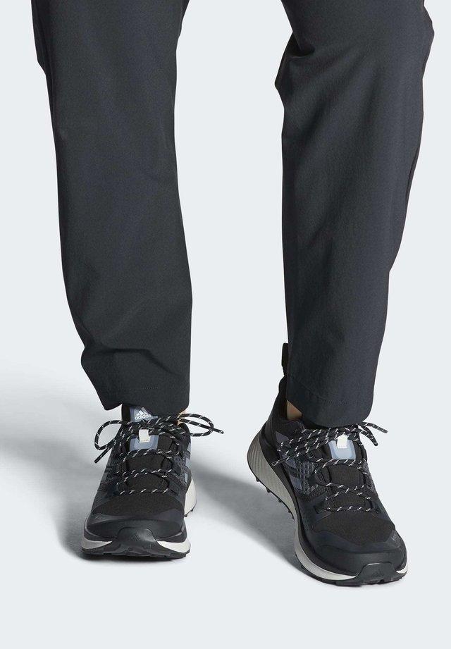 TERREX FOLGIAN HIKER GORE-TEX HIKING SHOES - Outdoorschoenen - black