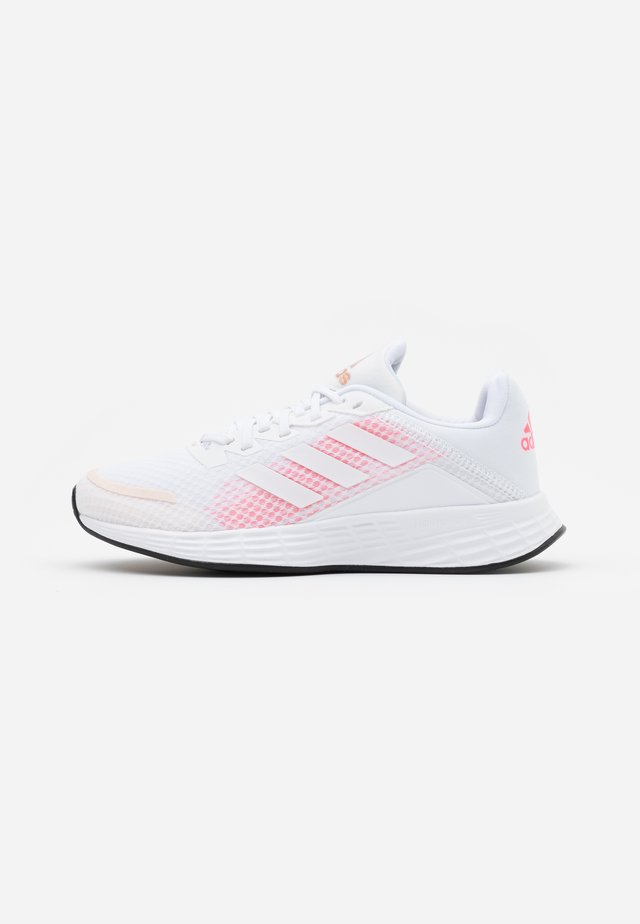 DURAMO CLASSIC LIGHTMOTION RUNNING SHOES - Nøytrale løpesko - footwear white/signal pink