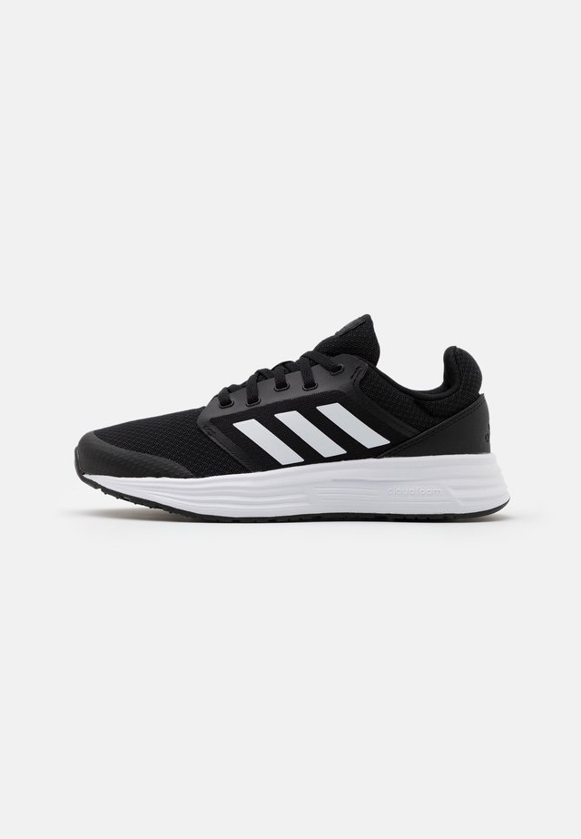 GALAXY 5 - Neutrala löparskor - core black/footwear white/grey six