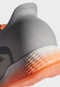 adidas Performance - FOCUSBREATHEIN SHOES - Hardloopschoenen neutraal - grey - 7