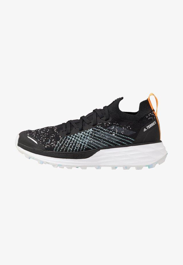 TERREX TWO PARLEY - Zapatillas de trail running - core black/dash grey/blue spirit