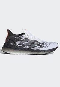 adidas Performance - ULTRABOOST PB SHOES - Obuwie do biegania Szlak - white - 6