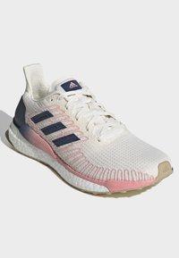 adidas Performance - SOLARBOOST 19 SHOES - Zapatillas de running neutras - white - 3