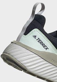 adidas Performance - TERREX FOLGIAN HIKER GORE-TEX HIKING SHOES - Fjellsko - blue - 8