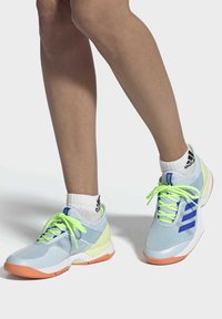 adidas Performance - UBERSONIC 3 HARD COURT SHOES - Clay court tennis shoes - blue - 0