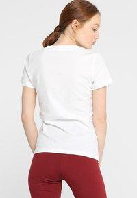 adidas Performance - LIN SLIM - T-shirts med print - white/black - 2