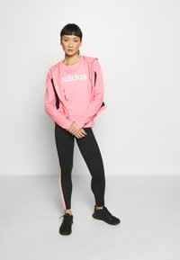 adidas Performance - ESSENTIALS SPORTS SLIM SHORT SLEEVE TEE - T-shirts print - pink/white - 1