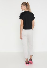 adidas Performance - ATTEETUDE TEE - T-shirt basic - black/white - 2