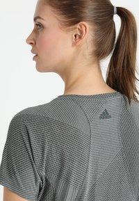 adidas Performance - T-shirts basic - legend ivy - 5