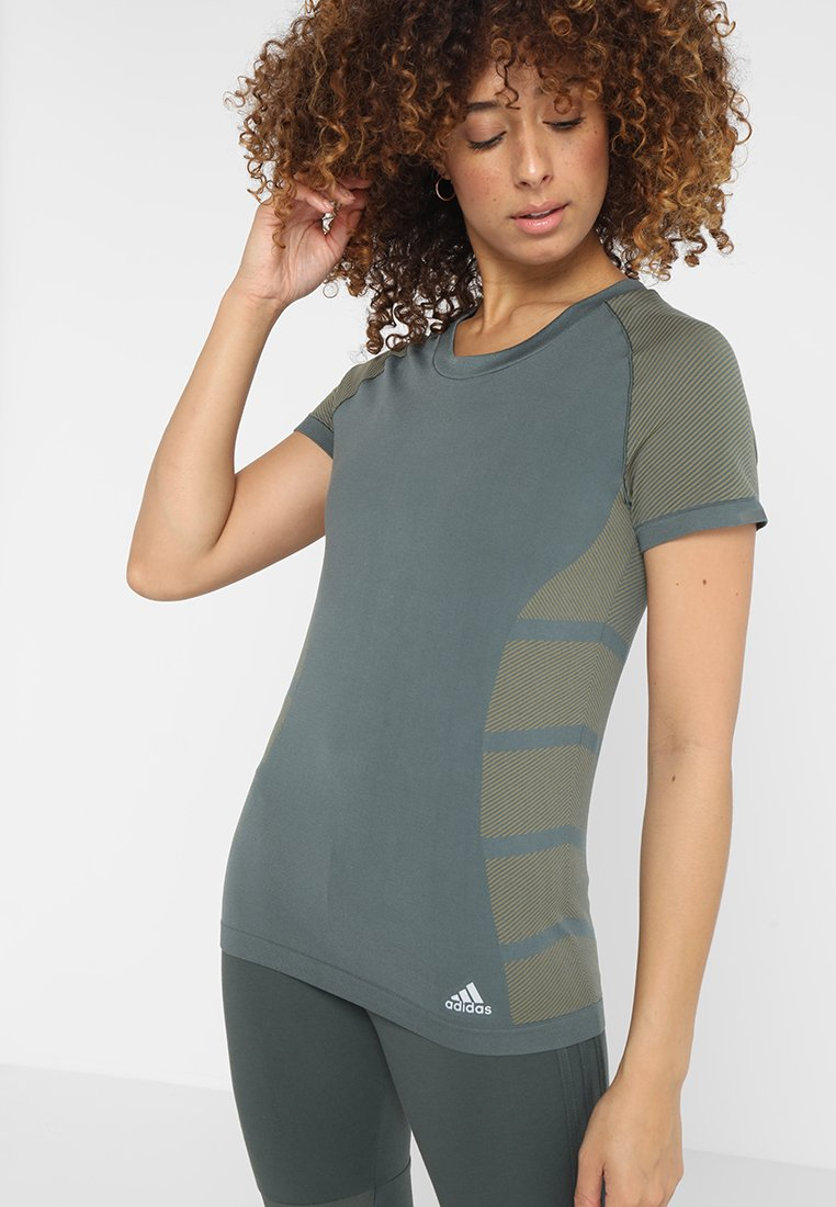 adidas Performance - ULTRA LIGHT - T-shirt z nadrukiem - legend ivy/raw khaki