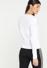 adidas Performance - RUN - T-shirt de sport - white - 2