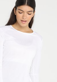 adidas Performance - RUN - T-shirt de sport - white - 3