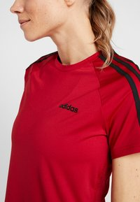adidas Performance - 3S TEE - T-shirts med print - active maroon/black - 6