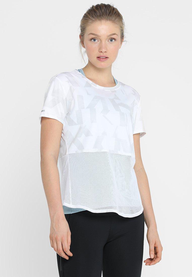 adidas Performance - OWN THE RUN TEE - T-shirt print - white/greone