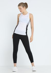 adidas Performance - SUB 2 SINGLET  - Sportshirt - white - 1
