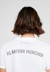adidas Performance - FC BAYERN MÜNCHEN - Klubové oblečení - white - 3