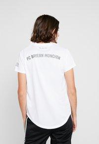 adidas Performance - FC BAYERN MÜNCHEN - Klubové oblečení - white - 2