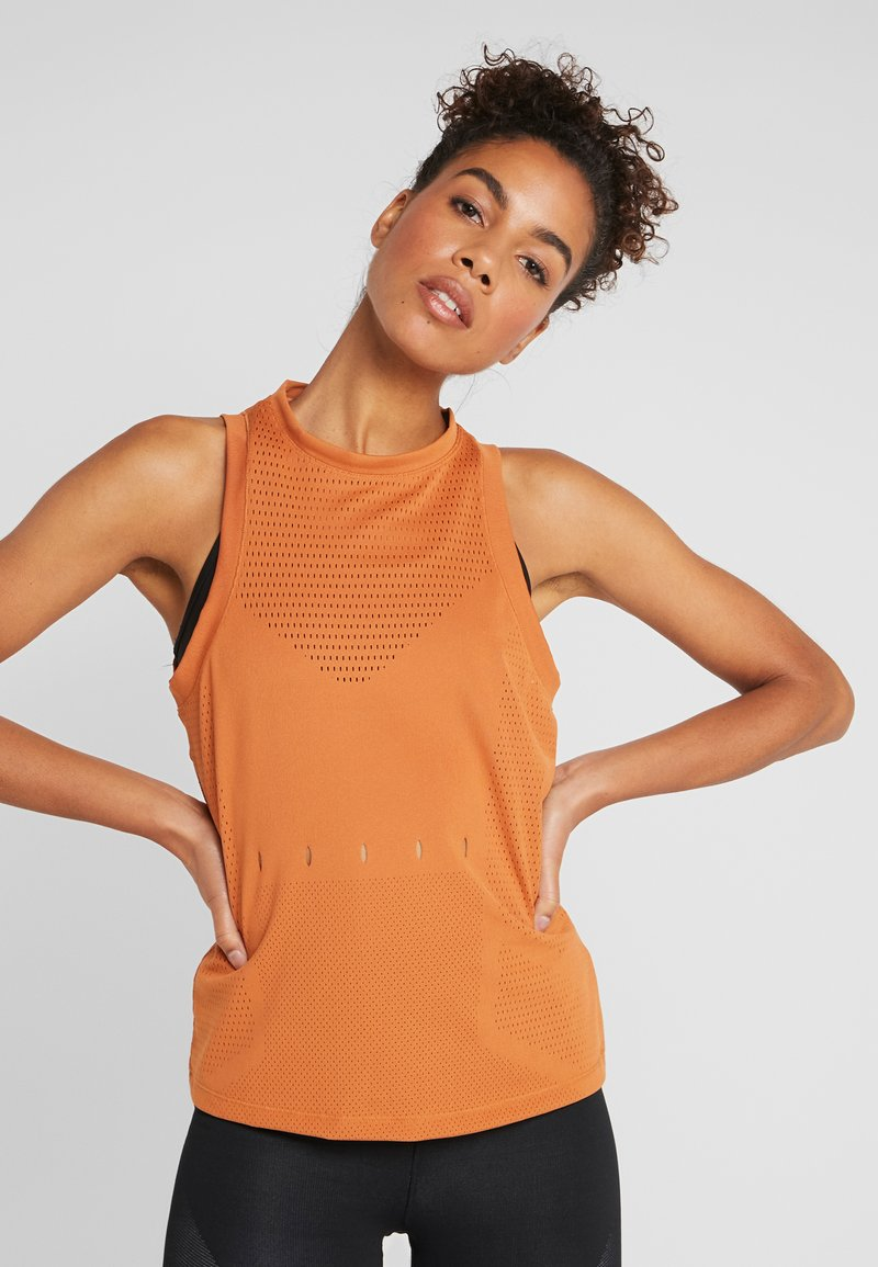 adidas Performance - KNIT SPORT CLIMALITE WORKOUT TANK TOP - Treningsskjorter - tech copper