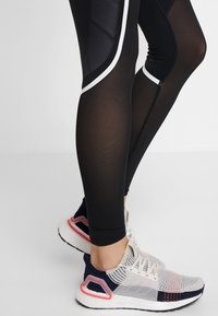 adidas Performance - SPORT CLIMACOOL WORKOUT HIGH WAIST LEGGINGS - Tights - black/white - 4