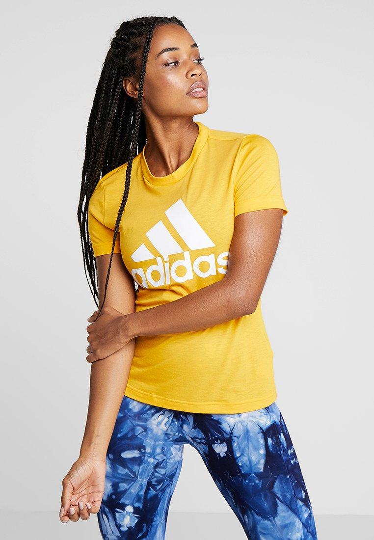 adidas Performance - MUST HAVES SPORT REGULAR FIT T-SHIRT - Funktionsshirt - gold