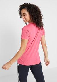 adidas Performance - W MH BOS TEE - Treningsskjorter - pink - 2