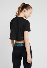 adidas Performance - CROP TEE - Print T-shirt - black/white - 2