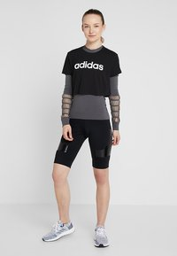 adidas Performance - CROP TEE - Print T-shirt - black/white - 1