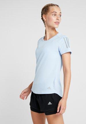 THE RUN TEE - T-shirt z nadrukiem - blue