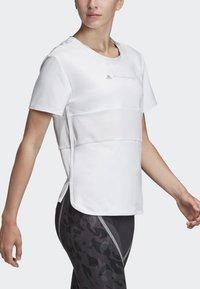 adidas by Stella McCartney - SPORT CLIMACOOL RUNNING T-SHIRT - Sportshirt - white - 4
