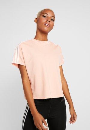 ATTEETUDE TEE - T-shirt print - glow pink/white