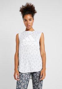 adidas Performance - GRAPHIC TEE - Treningsskjorter - white - 0