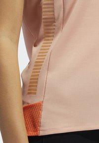 adidas Performance - 25/7 RISE UP N RUN PARLEY T-SHIRT - Sports shirt - pink - 4