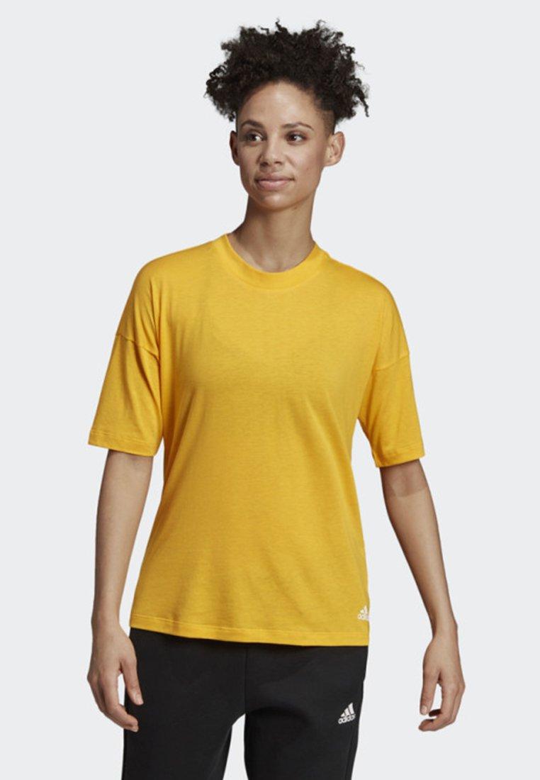 adidas Performance - MUST HAVES 3-STRIPES T-SHIRT - T-shirt imprimé - yellow
