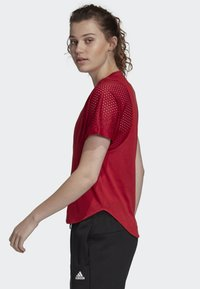 adidas Performance - ID MESH T-SHIRT - T-shirt print - red - 2