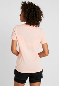 adidas Performance - RUN IT TEE - Printtipaita - glow pink - 2