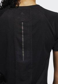 adidas Performance - 25/7 RISE UP N RUN PARLEY T-SHIRT - T-shirt de sport - black - 5