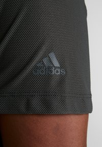 adidas Performance - CROP TEE - T-shirt basic - legend earth - 5