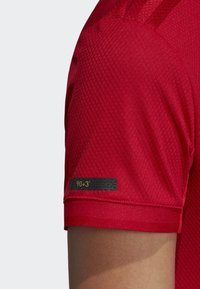 adidas Performance - MANCHESTER UNITED HOME JERSEY - T-shirt med print - red - 6