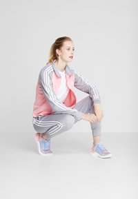 adidas Performance - GAMETIME - Treningsdress - glow pink/medium grey heather - 1