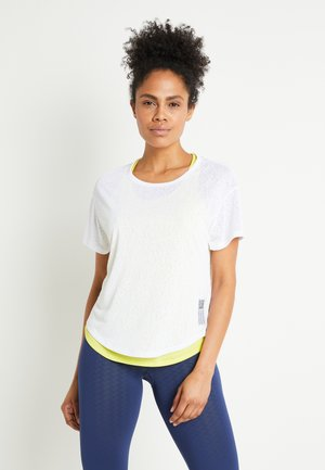 ADAPT TEE 2-IN-1 - T-shirt med print - white/yellow