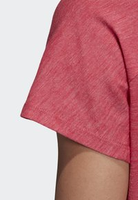 adidas Performance - ID WINNERS ATT-SHIRTTUDE T-SHIRT - T-shirt imprimé - pink - 3
