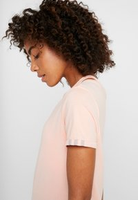 adidas Performance - TEE  - T-shirts - glow pink - 3