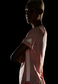 adidas Performance - TEE  - Triko spotiskem - glow pink - 3