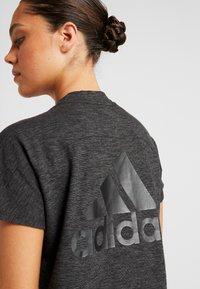 adidas Performance - ID WINN ATTEE - T-shirts med print - black - 4