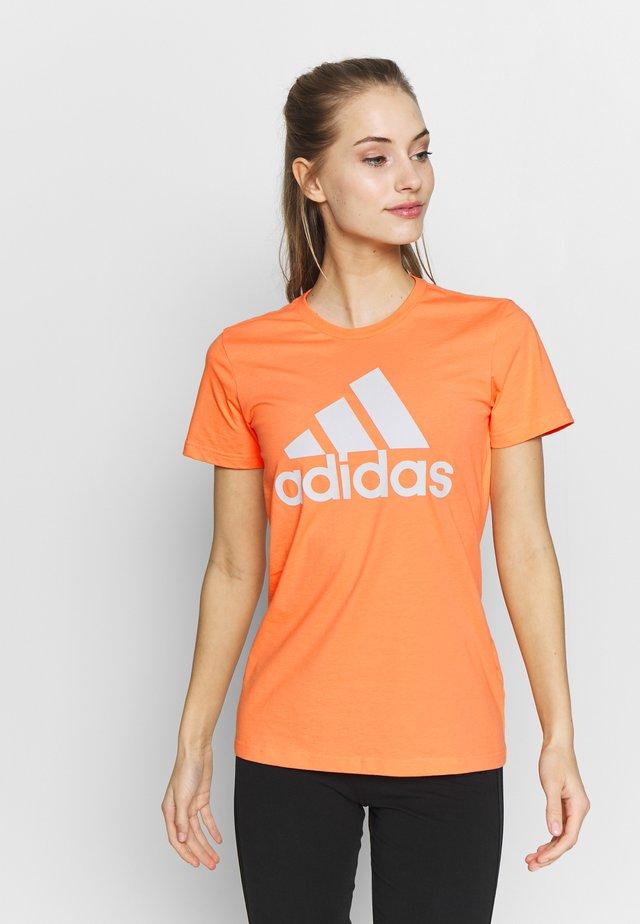 TEE - Camiseta estampada - orange