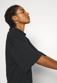adidas Performance - TEE - T-shirts med print - black - 5